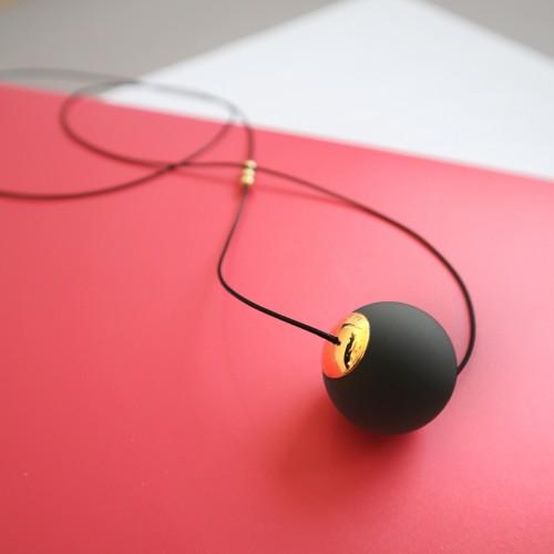 003   Black Minimal Necklace